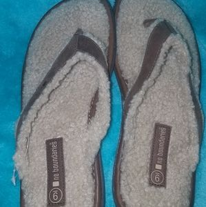 Leather and sherpa sandals/ slippers